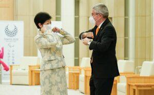 il Presidente del Cio Thomas Bach incontra il governatore di Tokyo Yuriko Koike